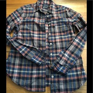 American eagle classic prep button up